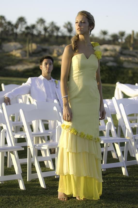 Traditional Dresses for Beach Wedding
