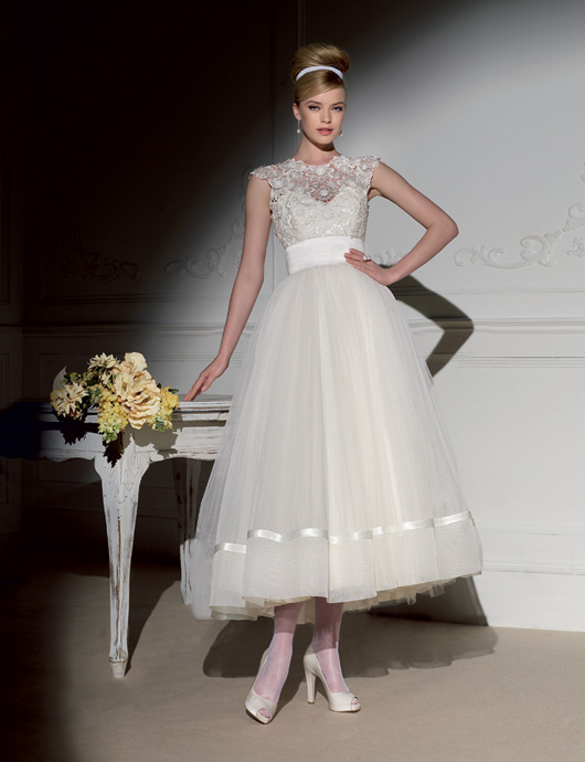 Glamorously Vintage Wedding Dresses The Specialiststhe Specialists