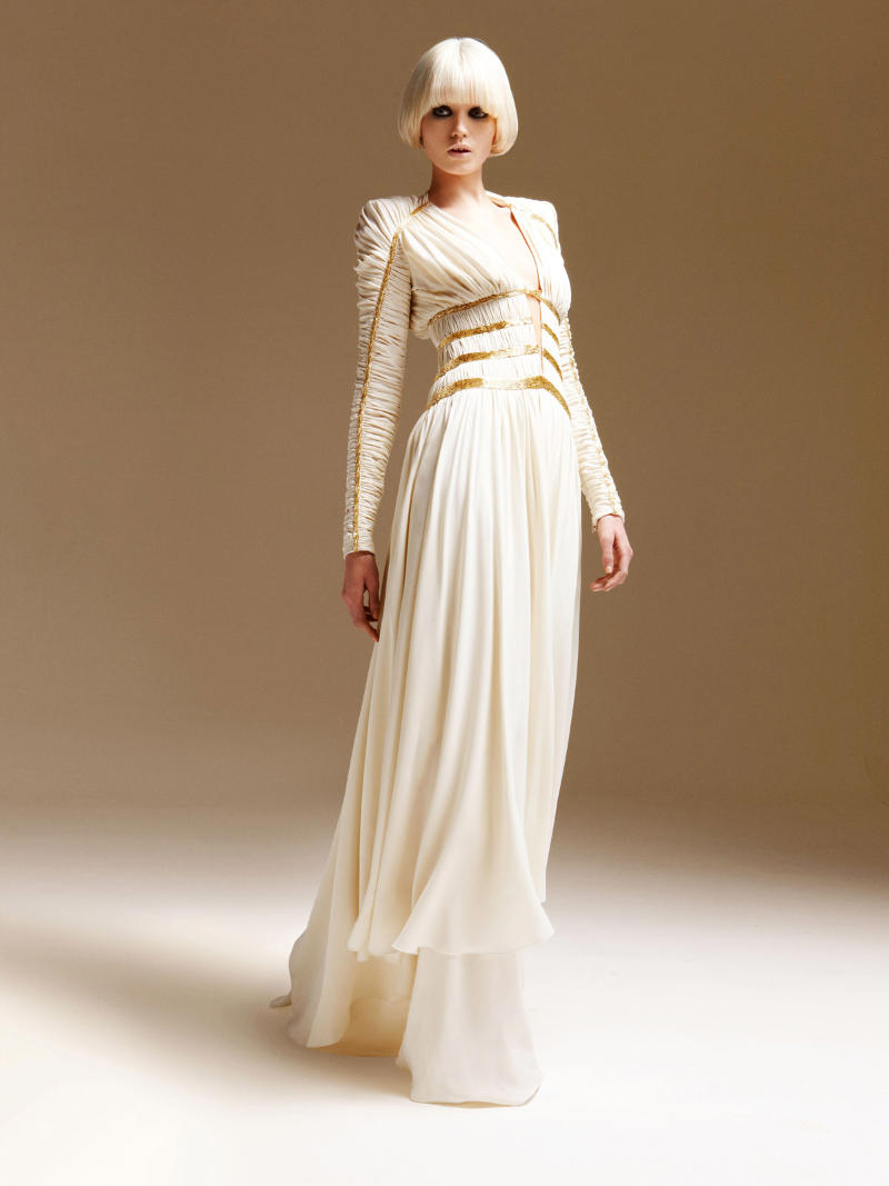Atelier Versace Wedding Dresses - The Wedding SpecialistsThe ...
