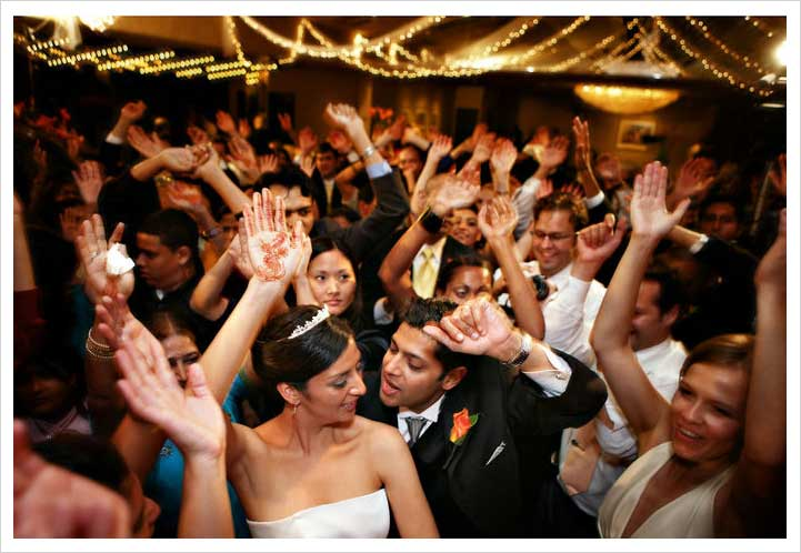Best Dance Songs for a Wedding Reception - The Wedding ...