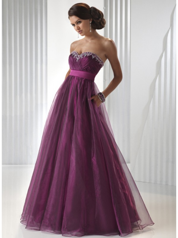 Evening Dresses For A Wedding - The Wedding SpecialistsThe Wedding ...