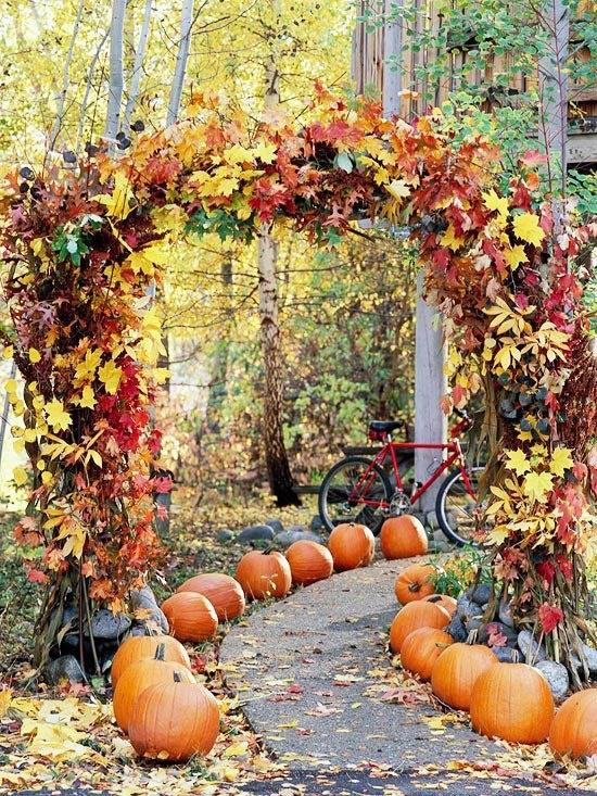 22 Ways to Incorporate Pumpkins in your Fall Wedding