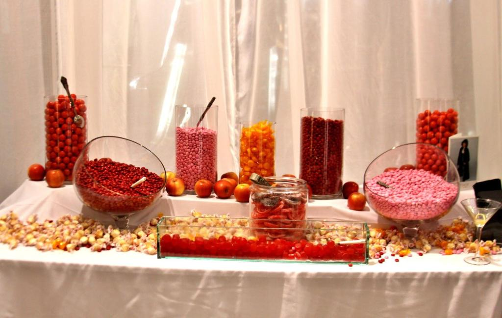 6 Foods and Drinks to avoid at the Wedding Reception