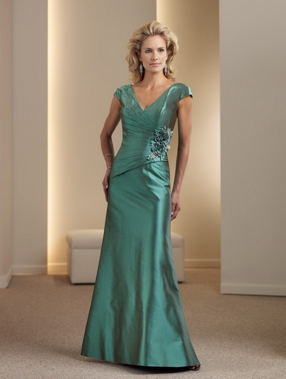 Green-mother-of-the-bride-dresses_02