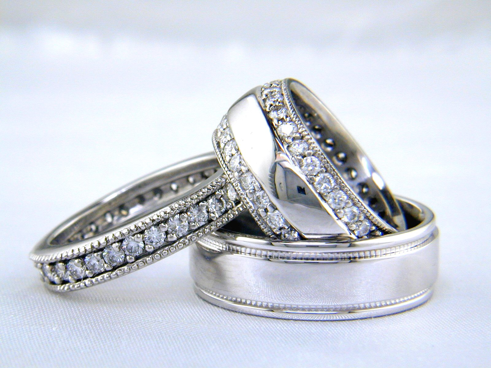 Wedding Ring Sets For Bride And Groom Wedding Photography